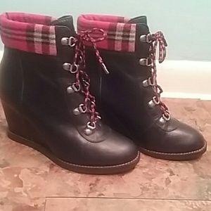 Johnston & Murphy heeled boots leather 7.5 plaid